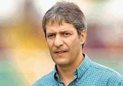 El colombiano Restrepo es el nuevo técnico